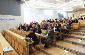 Vortrag im Stufensaal mit Besucher